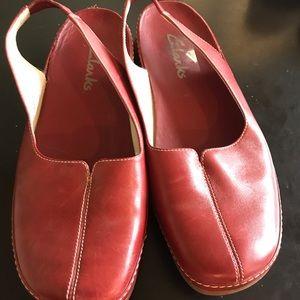 LN Clarks Low Red Slingback Mary Jane Shoes Sz 8W